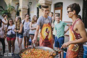 Paella kochen mit dem Kurs Spanische Sprache und Kultur