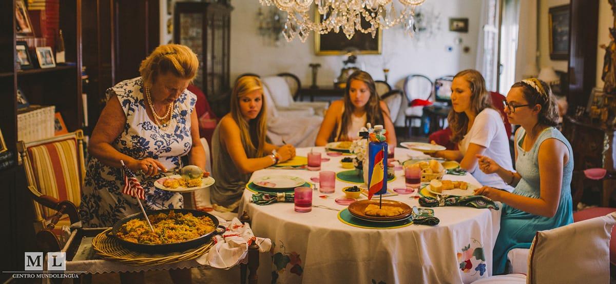 Vivir con familias españolas