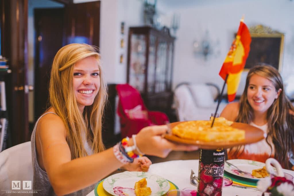 Tortilla de patatas - Best tapas of Spain