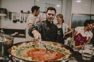 Clase de cocina española en Sevilla - Curso de español, gastronomía y cultura en España (2)