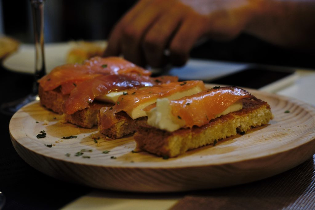 queso fresco y salmon tapas in Seville