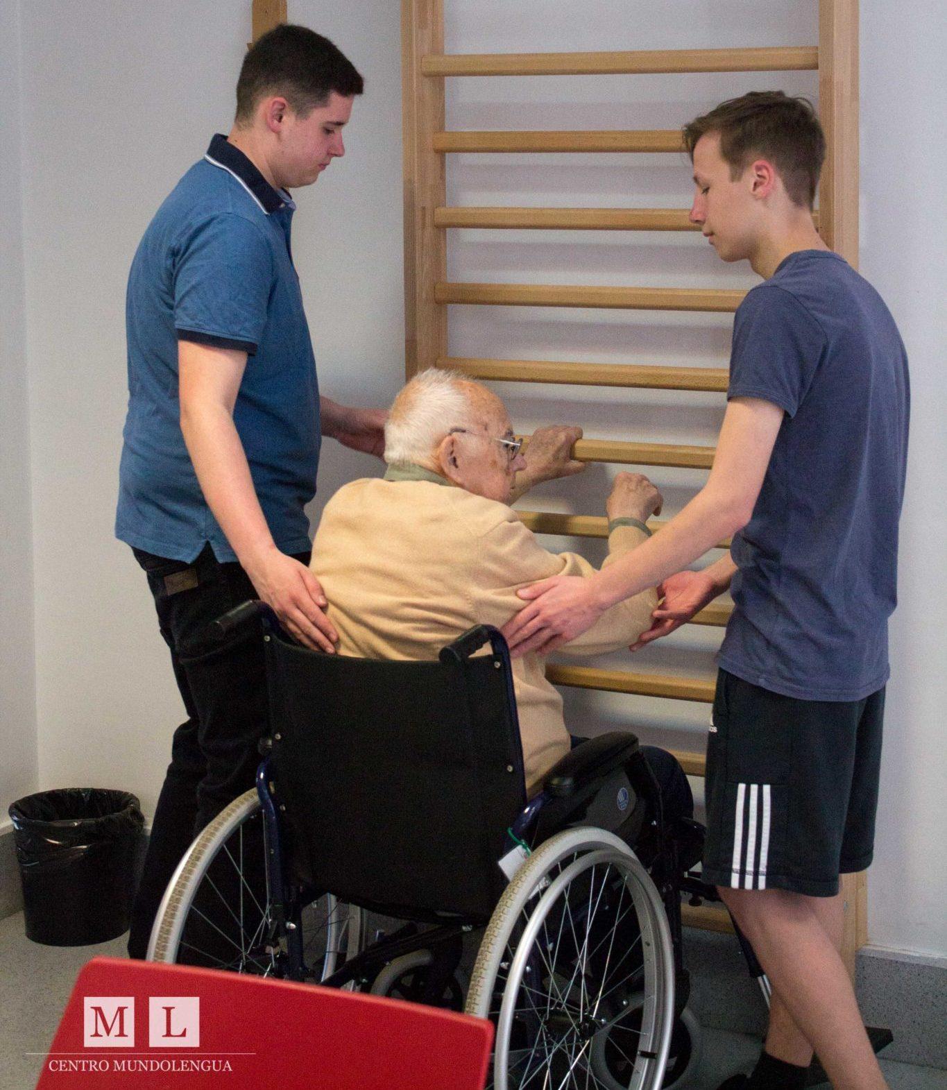 Volunteer in Spain with Pensioners
