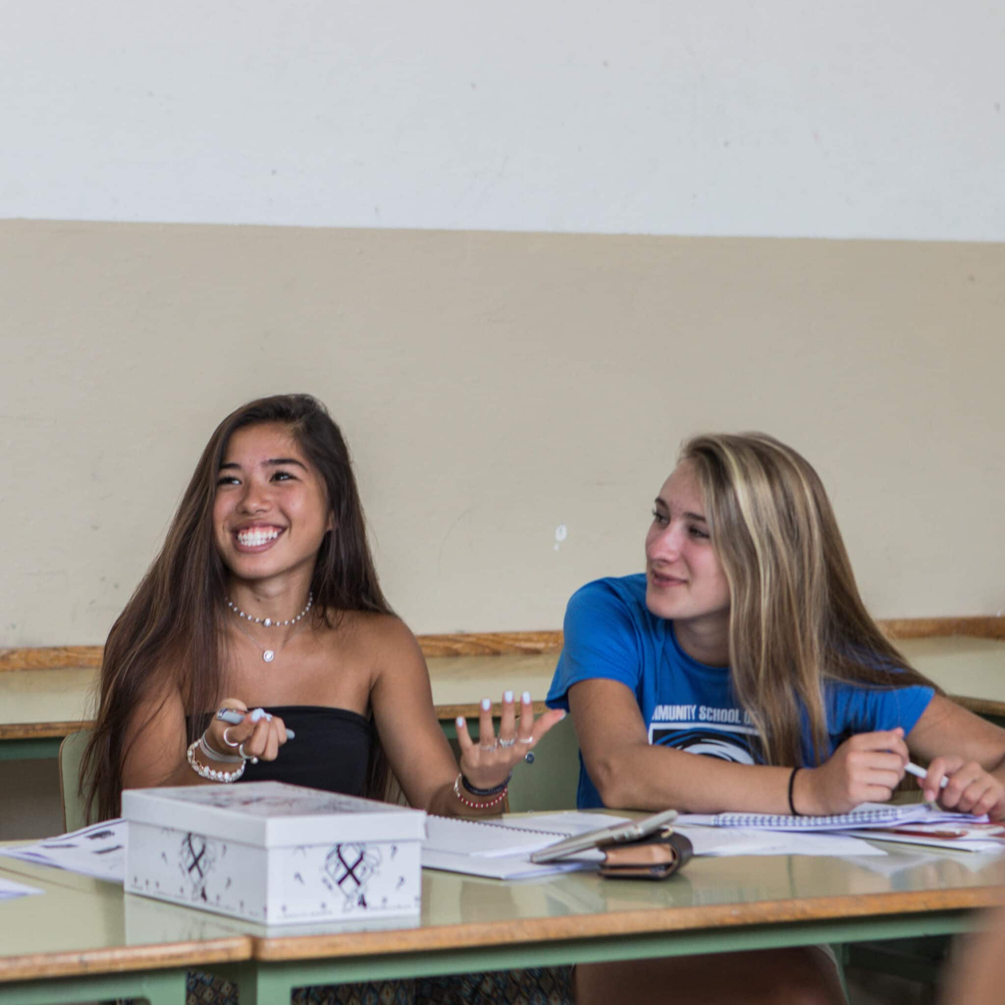 Spanish classes - summer volunteer abroad programs for high school students