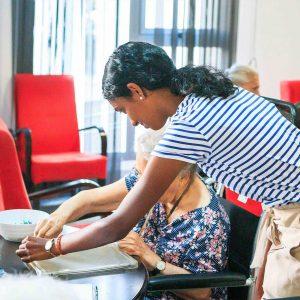 Summer volunteer abroad programs for high school students