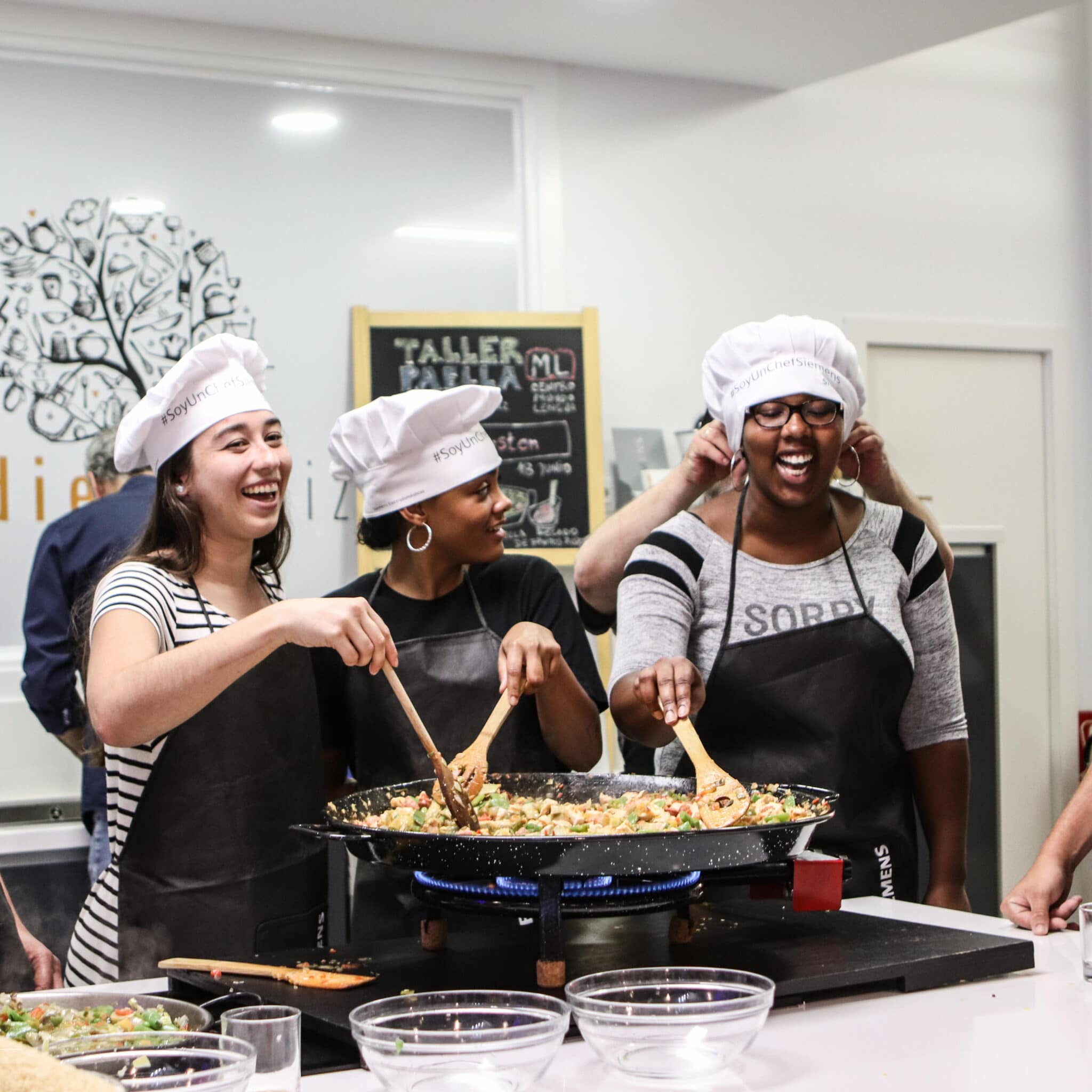 cooking paella - summer volunteer abroad programs for college students