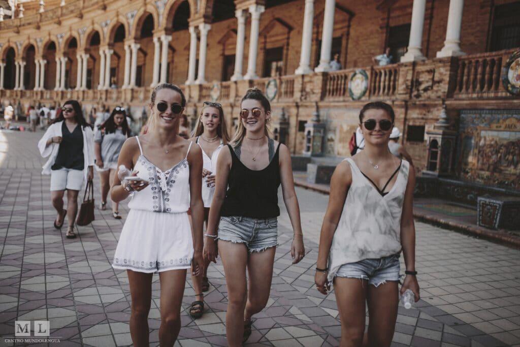 Getting around in Sevilla: walking